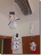 Slika 1. Snjegovići od traka papira.